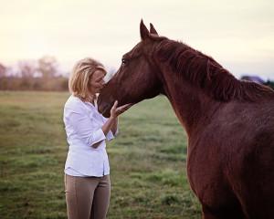 Horse Portraits, outdoor family portraits, outdoor animal portraits, natural light portraits, Ft Wayne Photographer, Fort Wayne Portrait Photographer, Columbia City Photographer