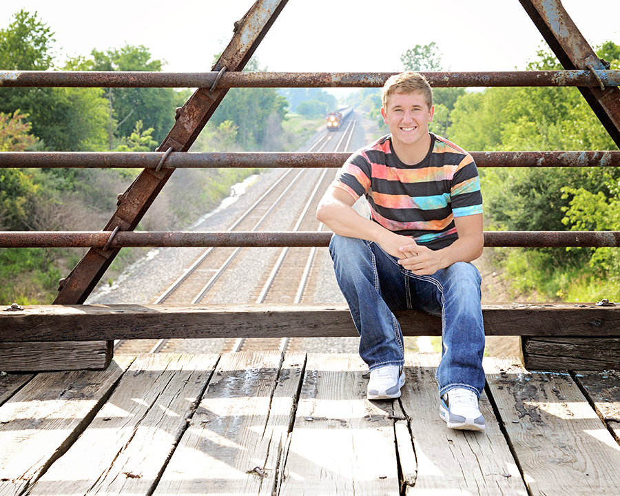 senior pictures, senior portraits, Columbia City Senior Photographer, Ft. Wayne Senior Portrait Photographer, Churubusco Senior portraits, Graduation pictures, Fort Wayne Photographer,