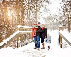 Columbia City Family Portraits, Ft. Wayne Photographer, family pictures, Winter Family pictures