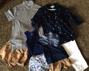 navy family portrait clothes, family picture outfit ideas,