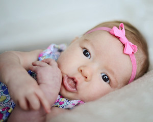 3 month old portraits, natural light baby pictures, baby girl portraits 3 months old,