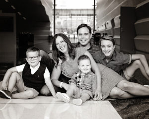 Family portraits, family of 5 portrait, Sheets Photography